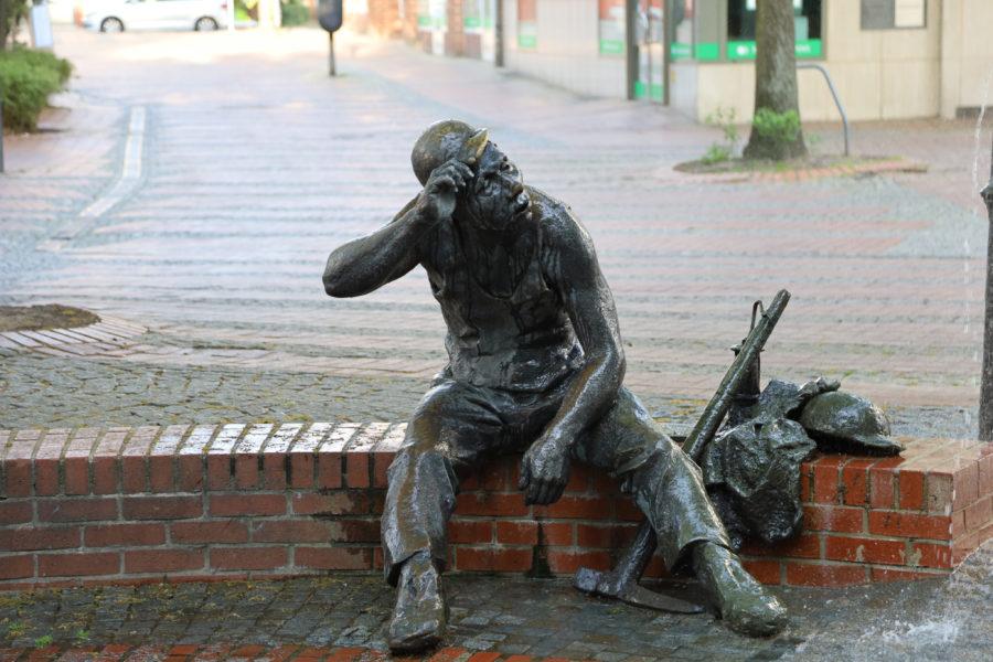 Bergmann statue in Steele
